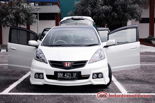 Modifikasi Honda Jazz GE8 1
