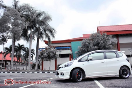 Modifikasi Honda Jazz GE8 3